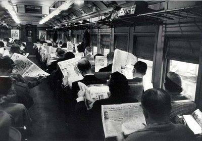 Nombre:  leyendo-en-el-tren-westches.miniatura.jpg Visitas: 1847 Tamaño: 27.5 KB